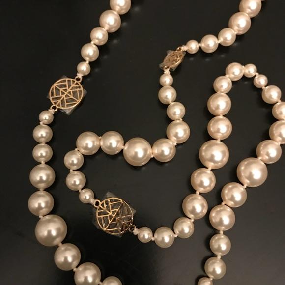 21309f71946a93 Tory Burch Swarovski Crystal Pearl Long Necklace. M_5a92de3eb7f72b45d691cf87